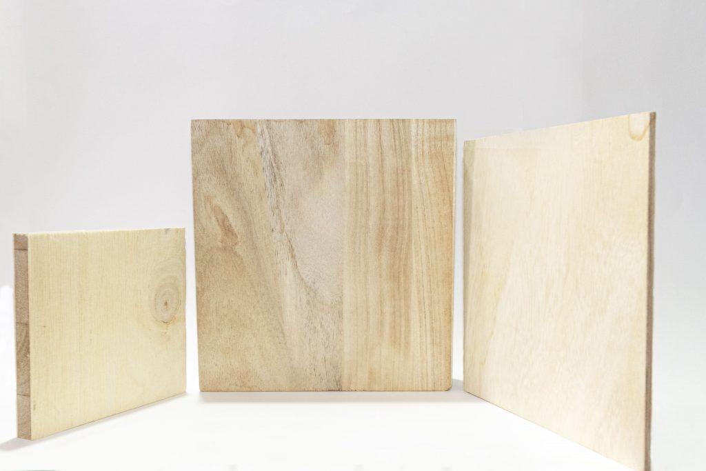 Diferentes tableros de Paulownia, caracteristicas de la madera