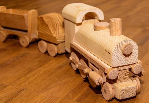 Juguete de madera tren