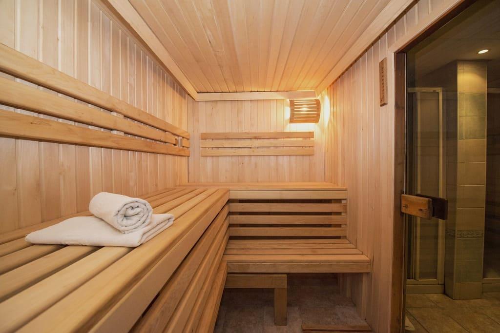 Sauna de pino finlandes