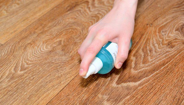 limpiar la madera de cualquier bacteria